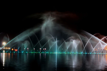 2D digital swing spray music fountain