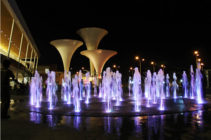 Outdoor Square Interactive Floor Fountain
